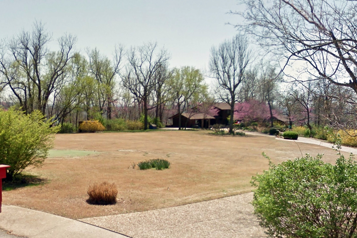 Broyles Home Sold in Fayetteville