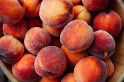 What to Buy at Farmers Markets in June