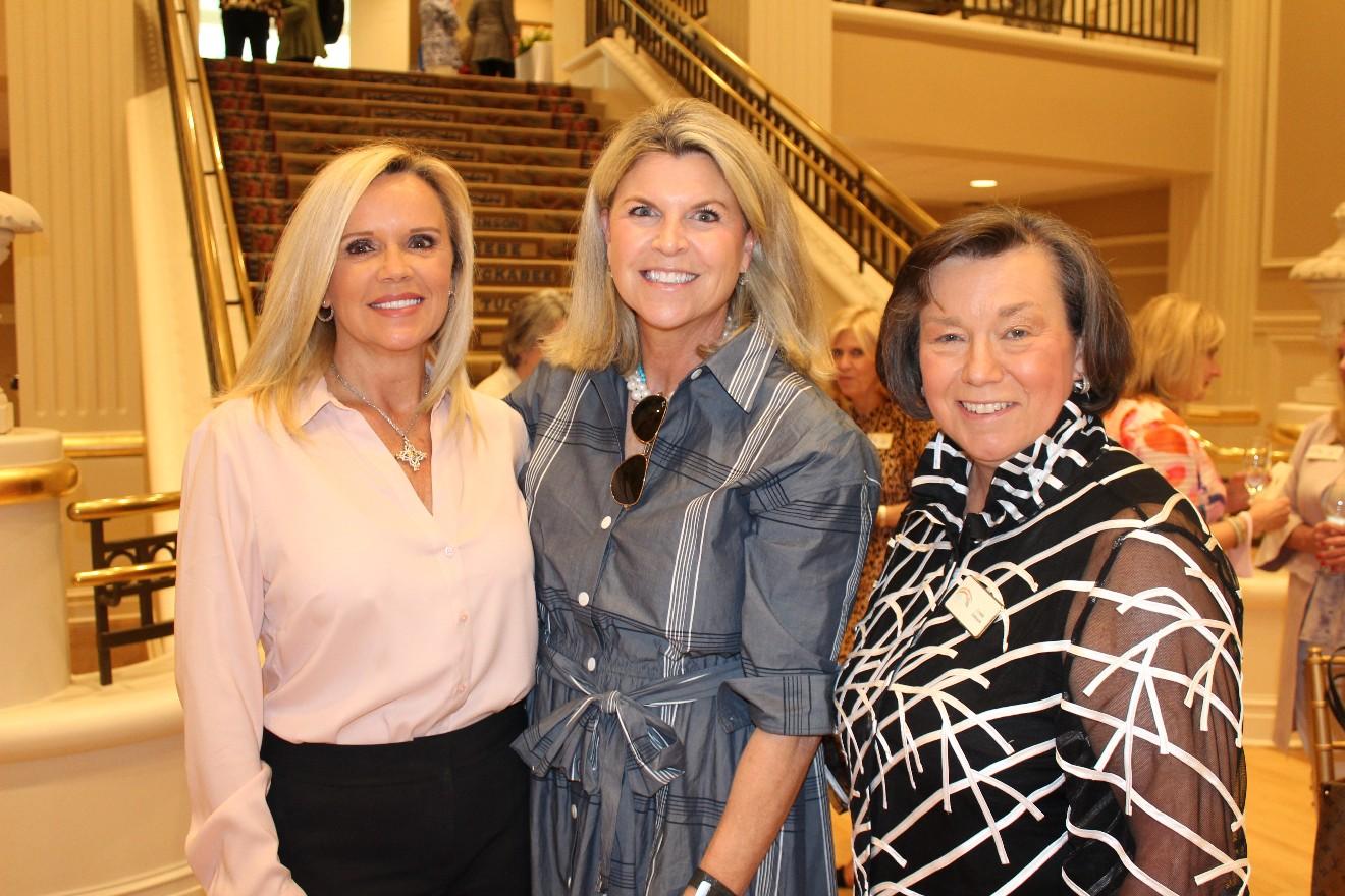 Pam Ashcraft, Dana Kleine, Lynda Johnson