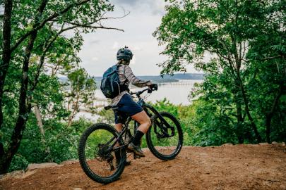 Little Rock Debuts Mountain Bike Trail System at River Mountain Park