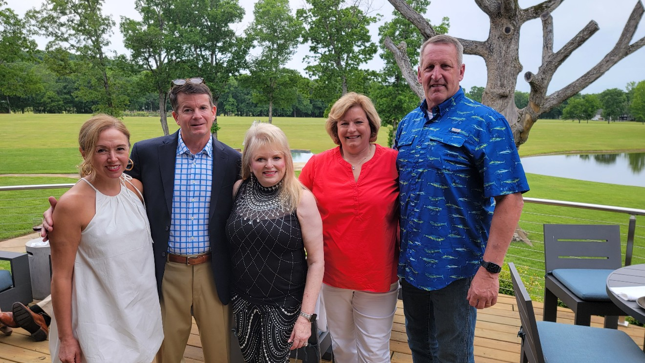 LuAnne and Rob Seay, Donna Malone, Elizabeth and Ron McCarty