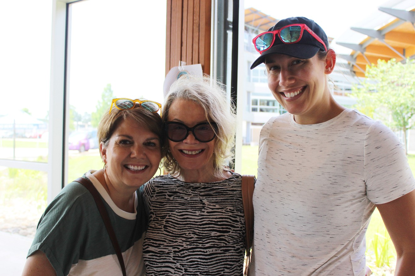 Tanja Jameson, Veronika Levine, Erica Solomon