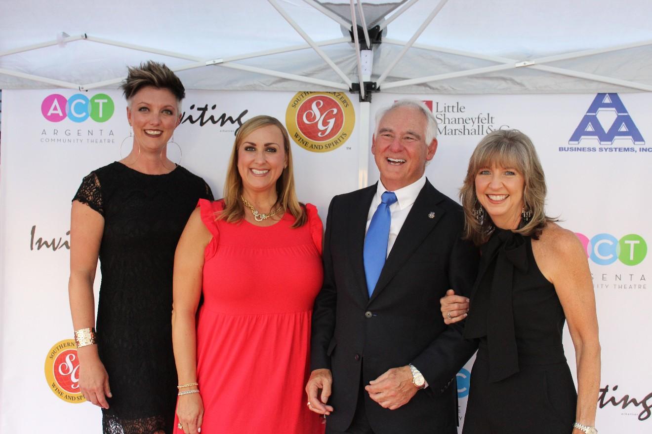 Amber Richart, Ashley Johnston, Mayor Terry Hartwick, Debbie Grooms