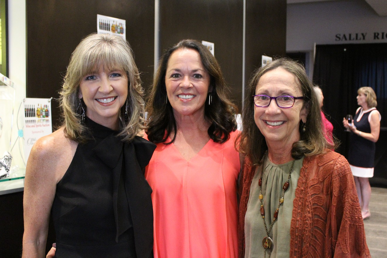 Debbie Grooms, Kathy Bentley, Kathleen Kennally