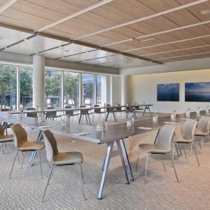 Southern Aluminum Sets Tables for Picnics, Conferences