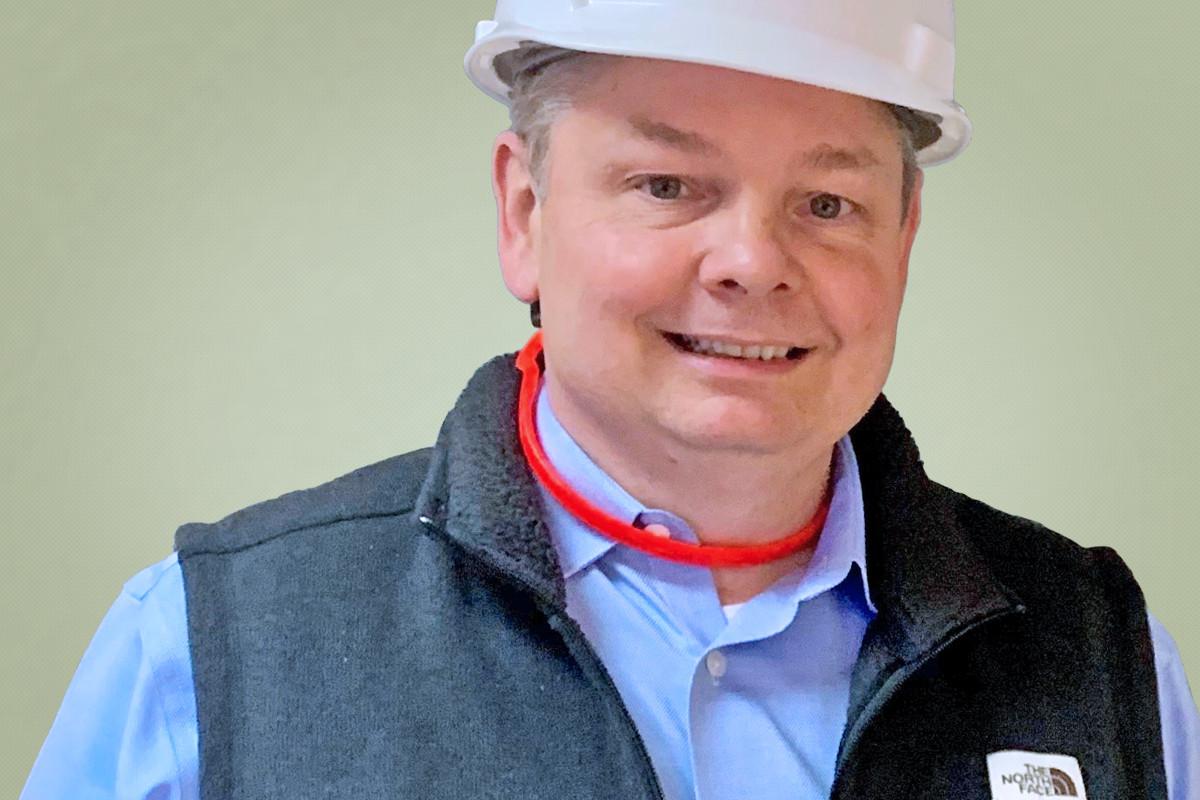 Arkansas Electric's Buddy Hasten Talks Shop About Co-Ops