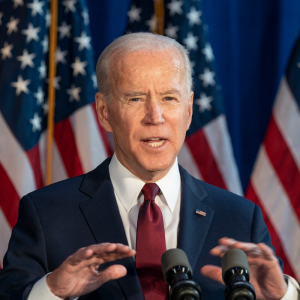 Biden Announces Mandate Requiring COVID-19 Vaccinations Or Weekly Testing At Large Businesses