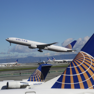 Nearly Half of United Airlines Workers Who Faced Firing Got Vaccinated