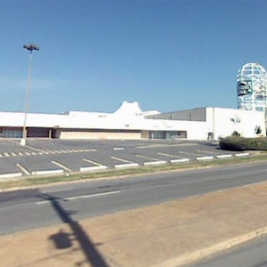 Park Plaza Mall's Future A Hot Topic (Lance Turner Editor's Note)