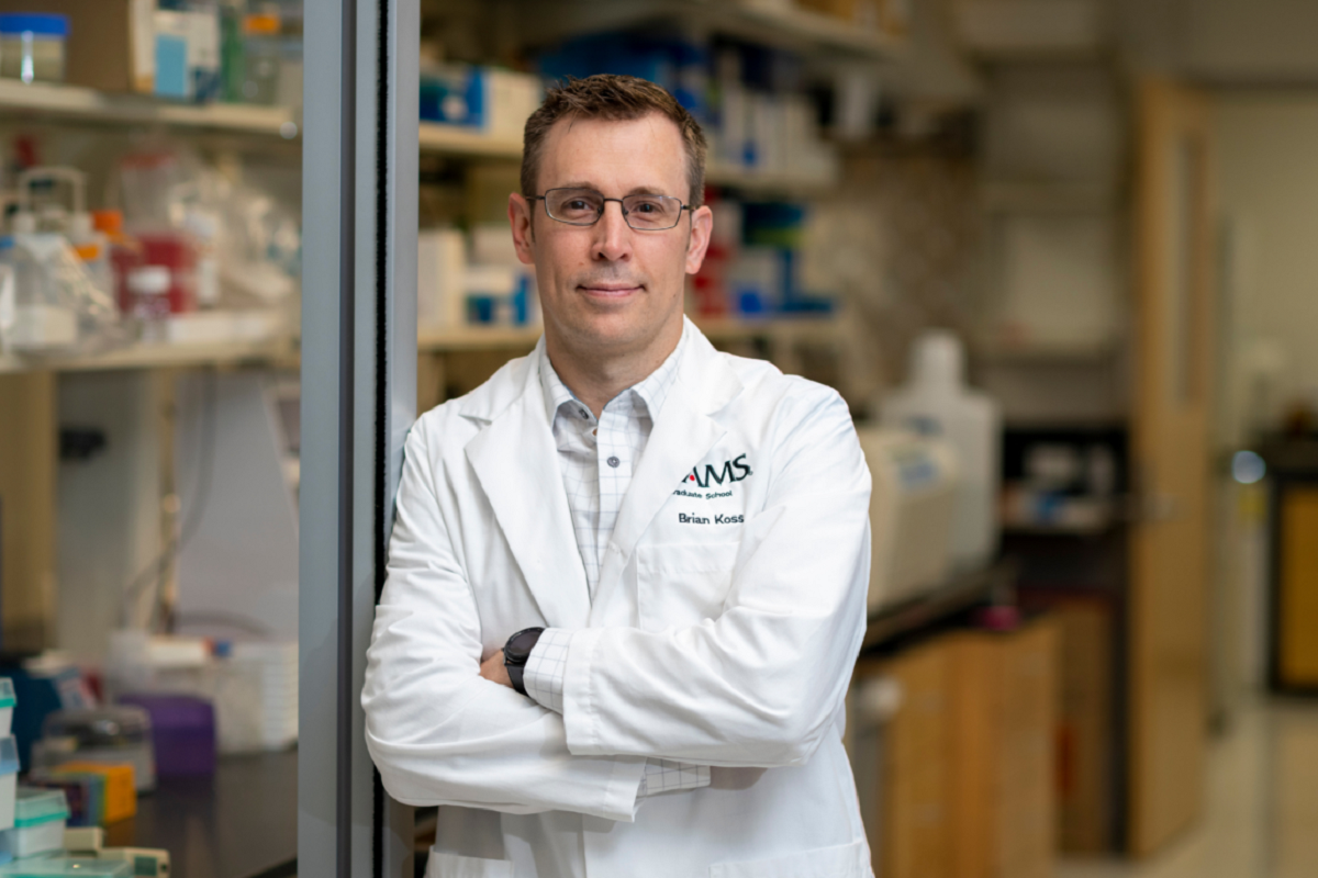 UAMS Researcher Brian Koss First in Arkansas to Win National Award