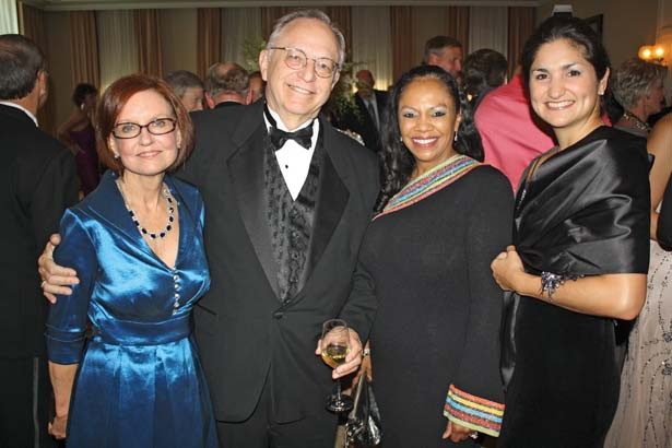 Helen and Dr. Nicholas Lang, Dr. Ronda Henry-Tillman, Dr. Daniela Ochoa