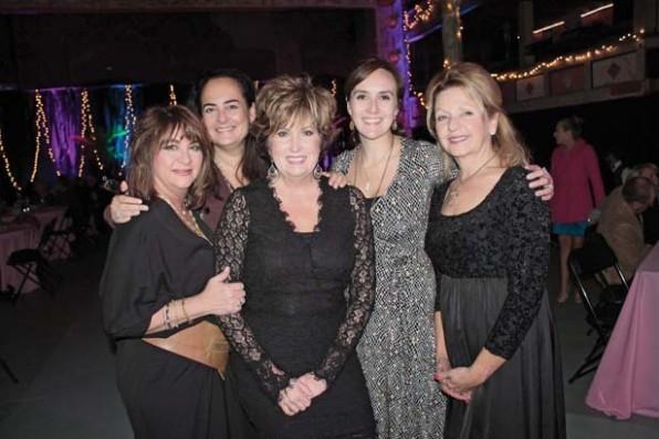 Sheryl Roncketto, Suzy Landa (New York), Trish Roberson, Caitlyn Mason, Susan Collier