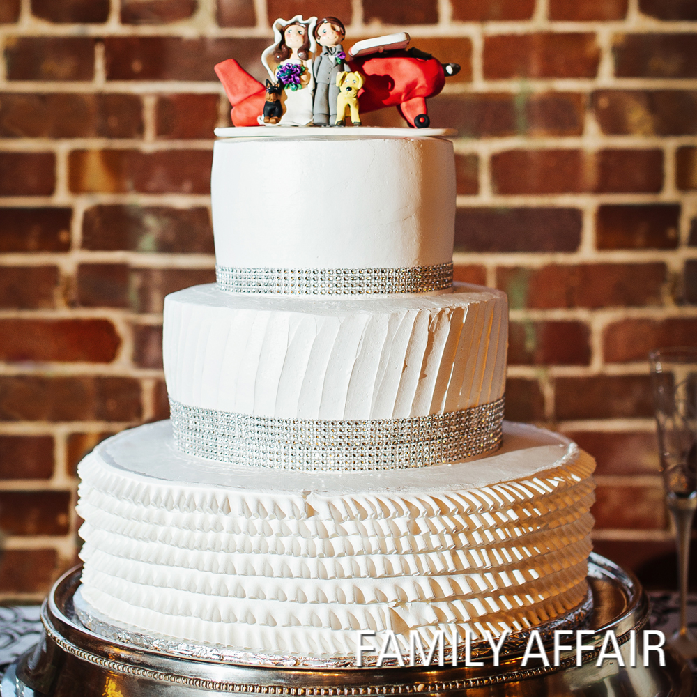 Spectacular Cakes from Real Arkansas Weddings
