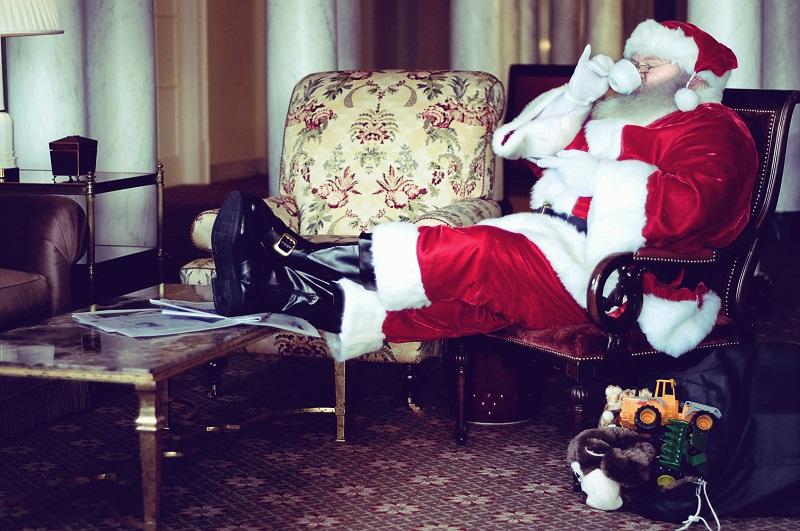 Santa Claus, Capital Hotel