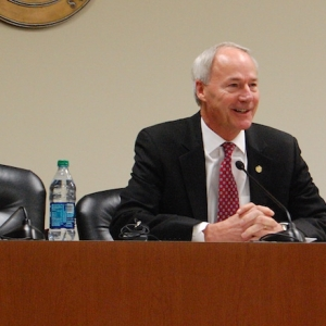Asa Hutchinson, Legislative Leaders Talk Session Issues