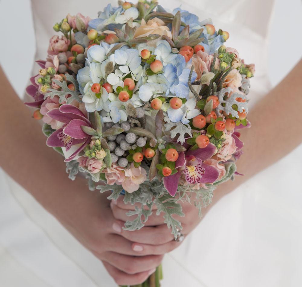 Top 10 Wedding Flowers: Wedding Flowers: 10 Inspiring Bouquets From Arkansas' Best