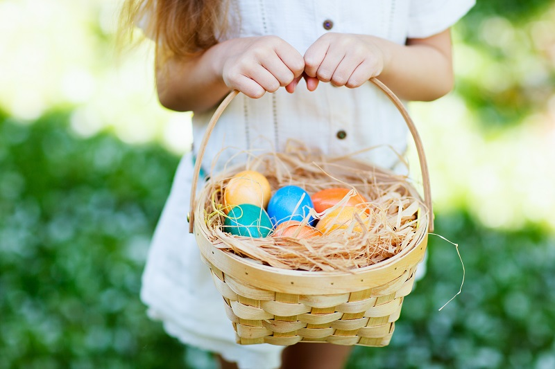 Easter egg hunt, easter basket