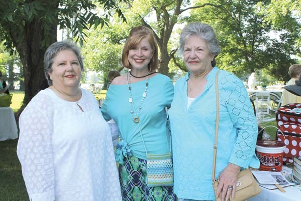 Rita Vess, Connie Thomas, Dottie Rath