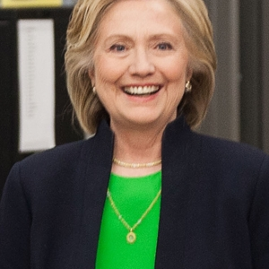 Hillary Clinton to Give Speech at Hot Springs School