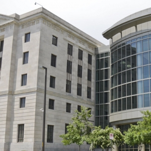 Federal Judge Blocks Arkansas Trans Youth Treatment Ban