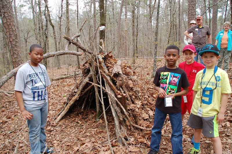 Junior Naturalist Camp at Wildwood Park for the Arts, spring break camp