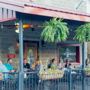 'New Normal' in Dining Out: Dining Outside