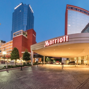 Marriott Will Require Guests to Wear Masks in Public Spaces