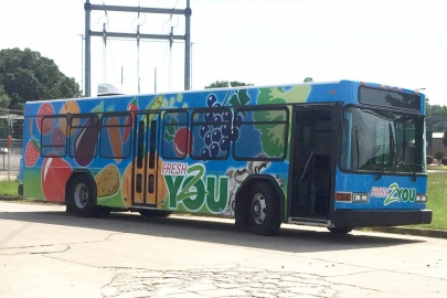Fresh2You Mobile Market Returns to the Streets