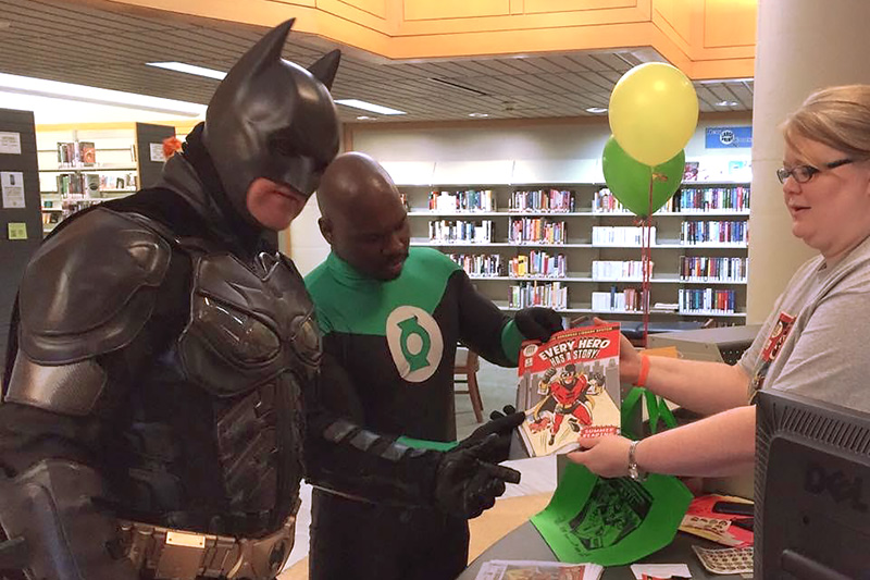 Batman and Green Lantern Cosplay CALS Con