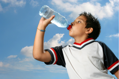 How to Protect Kids From Dehydration in Summer Heat