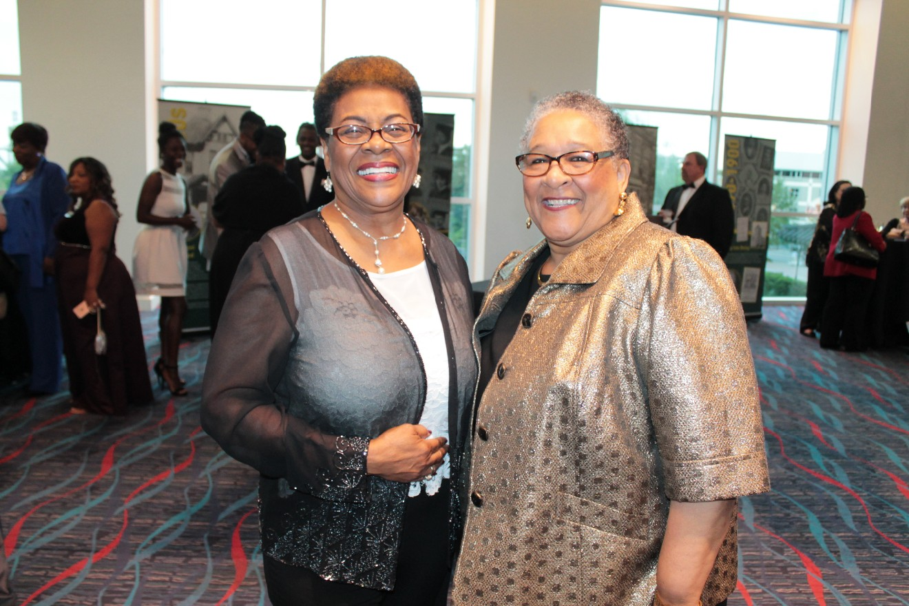 Florence Smith, Gloria McAdoo