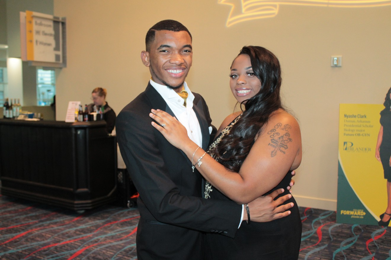Russell R. Williams III, Essence Sills