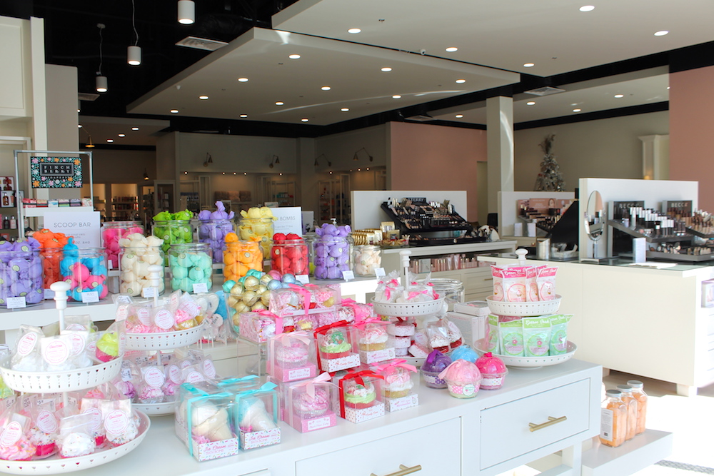 Belle & Blush, The Promenade at Chenal