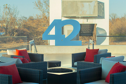 42 Bar & Table Joins the Sunday Brunch Scene