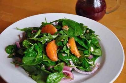 Recipe: Leafy Green Salad with Hazelnut Raspberry Vinaigrette from P. Allen Smith