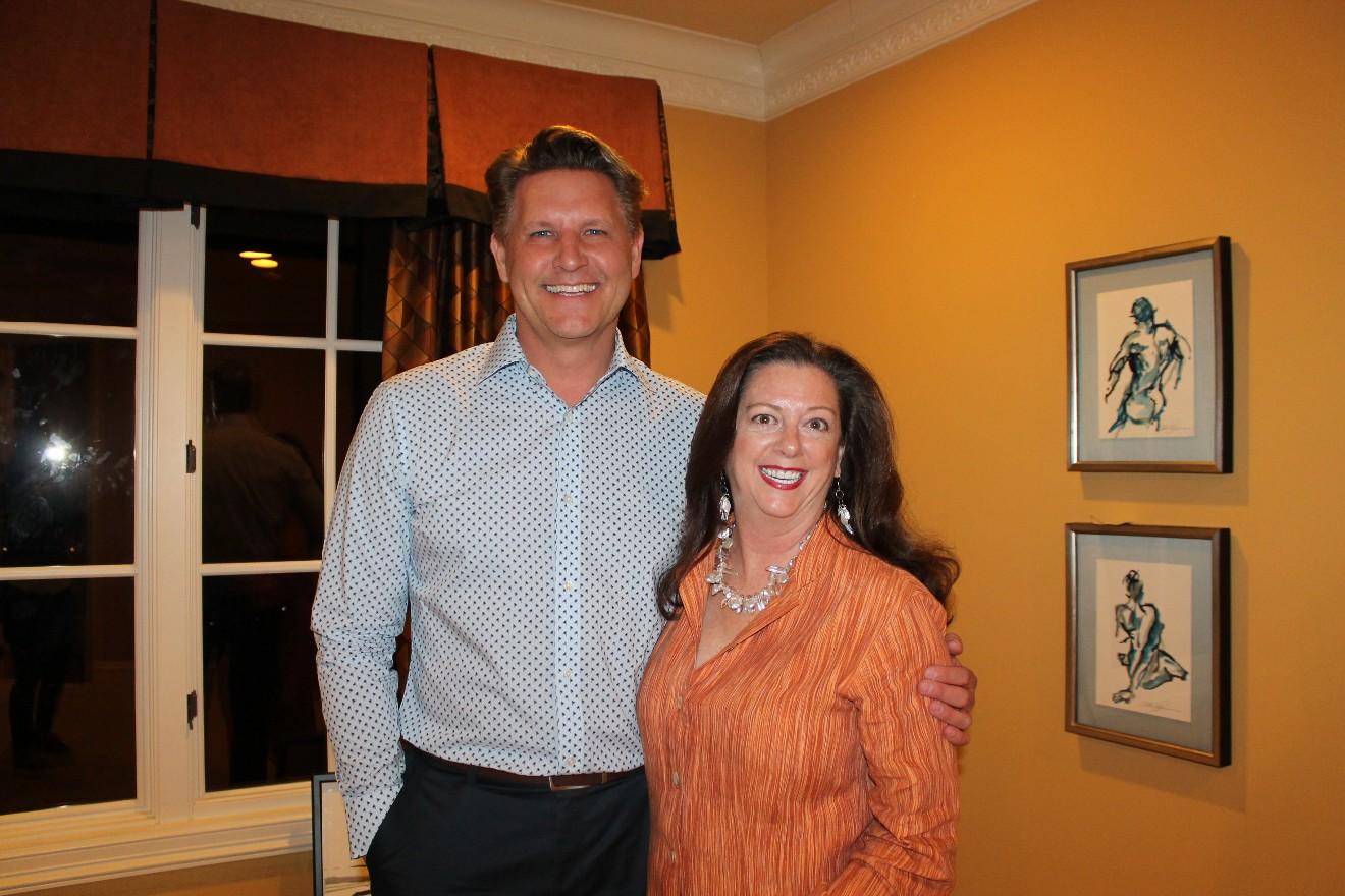 Chris Olsen, Linda Sue Sanders