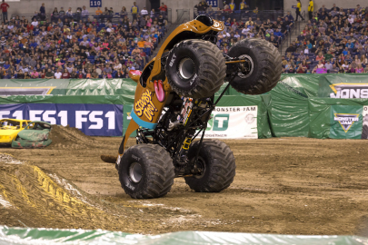 Monster Jam is Coming to Simmons Bank Arena