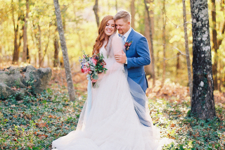 Real Eureka Springs Wedding: Amelia Coates & Riley Marquis of Dallas