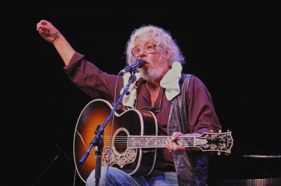Arlo Guthrie to Play at Oxford American's Books, Bourbon & Boogie Gala