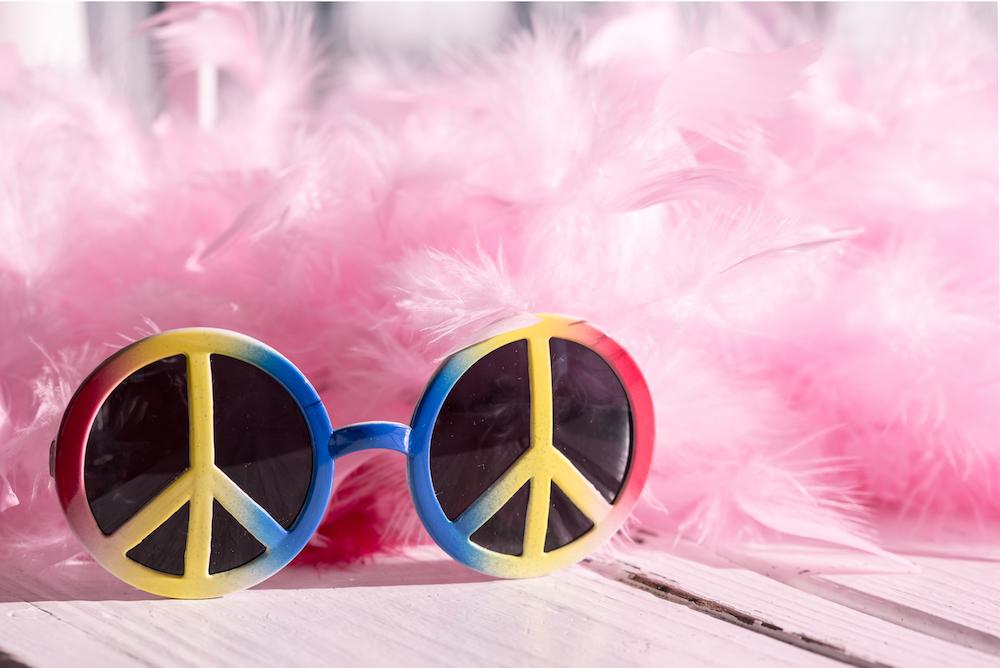 feather boa, peace sunglasses
