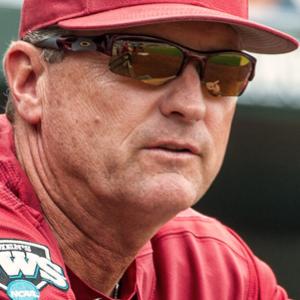 Arkansas Extends Dave Van Horn's Contract Through 2023