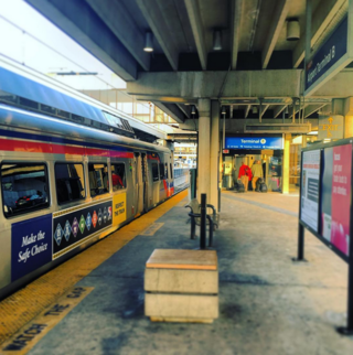 Airport line platform