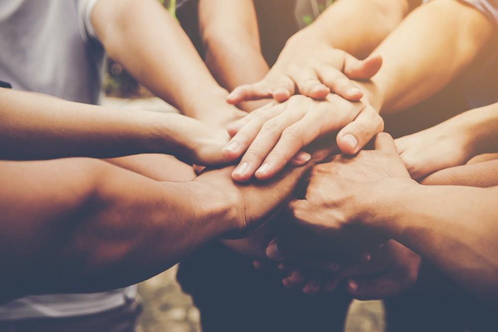Mãos Solidárias