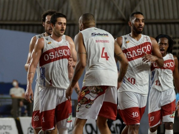 .:: basket_osasco_visita_o_paulistano_de_olho_na_classificacao_48951_1_pt_070237.jpg ::.