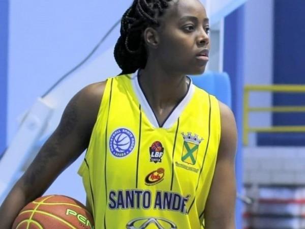 .:: basketball_santo_andreapaba_renova_com_a_pivo_maria_carolina_e_anuncia_o_primeiro_reforco_50579_1_pt_091918.jpg ::.