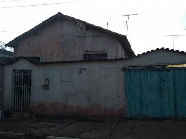 CASA - SÃO SEBASTIÃO (CASA DOS FUNDOS)