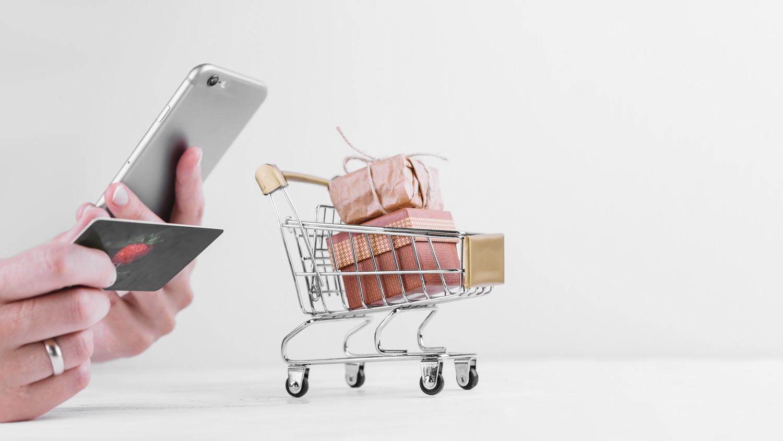 Vendas de e-commerce sobem 12,5% em julho no Brasil, diz Mastercard