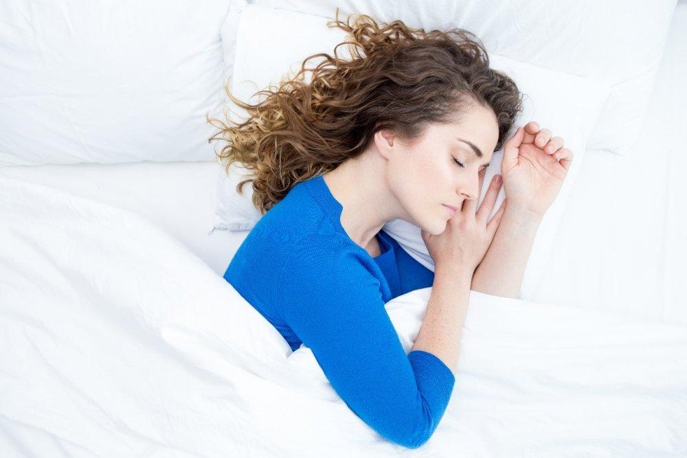 Dormir mal ou menos de 6 horas por dia aumenta o risco cardiovascular
