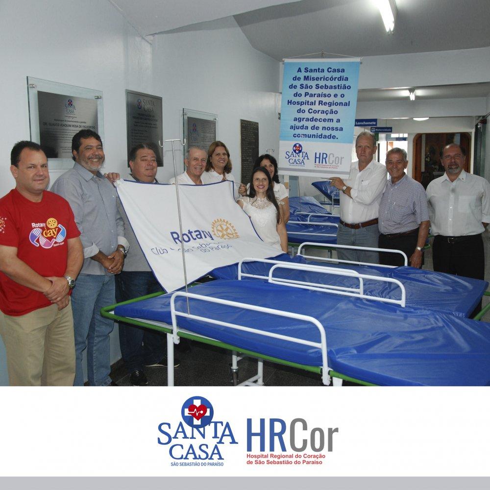 Santa Casa de Misericórdia de São Sebastião do Paraíso recebe doação de 6 Macas do Rotary
