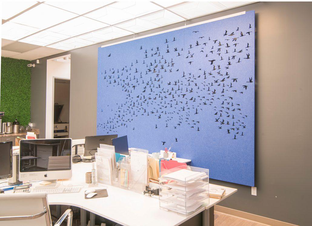ep-echoscreen-273-three-little-birds-triptych-office-wall-elum-photoshoot-1-1500px